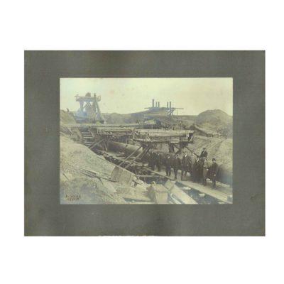Foto Dostál Rohrleitung Baustelle 1890