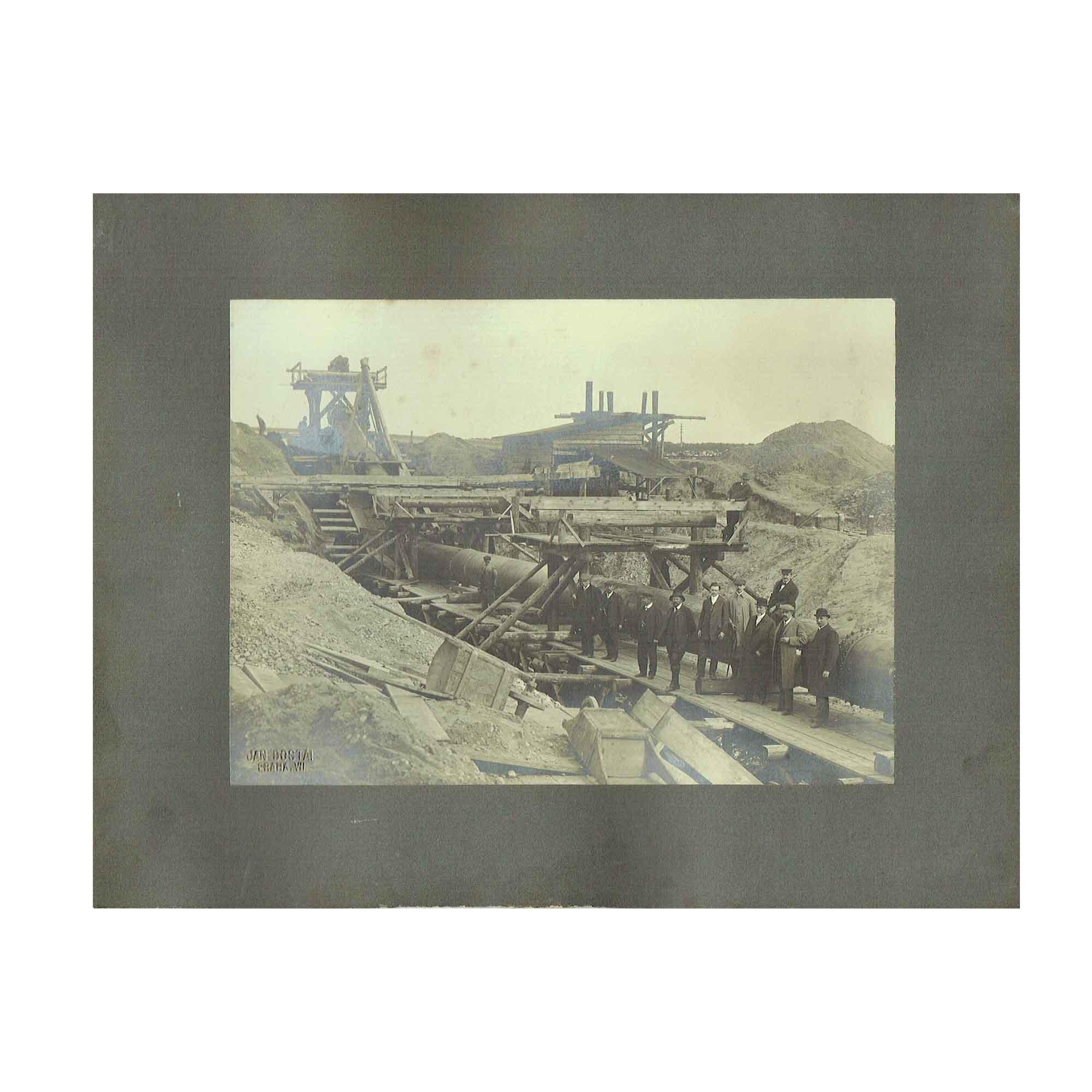 5351 Foto Dostál Rohrleitung Baustelle 1890 N