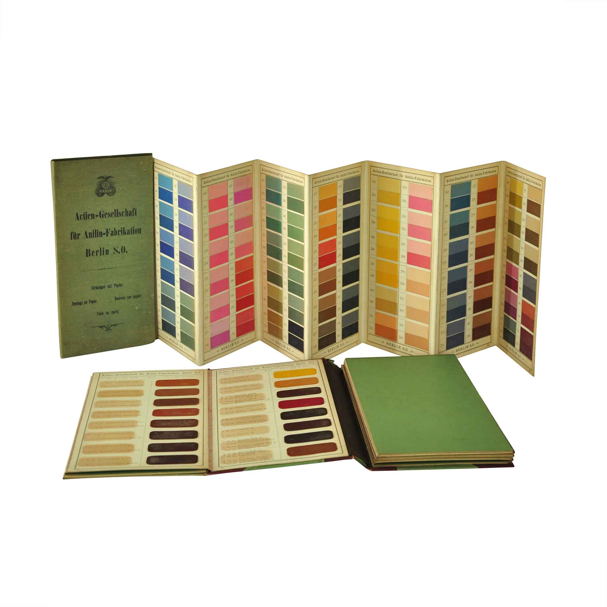 5562-Agfa-Dyeings-Leather-Paper-1900-Leporelli-1-free-N.jpg